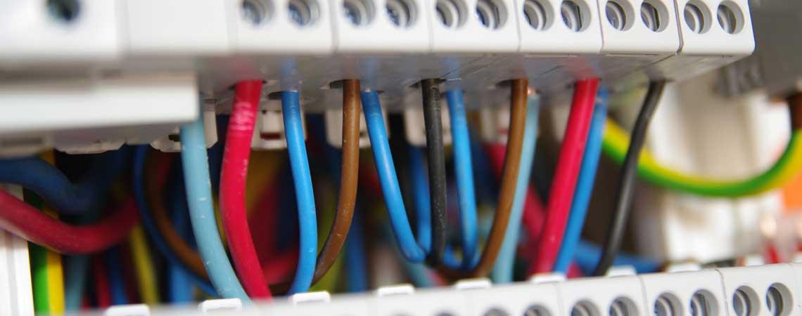 acitec-aquitaine-cablage-informatique-telecom-electrique-slider-4